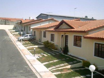 condominio_casas Pergunte ao Especialista: O que devo fazer para realizar um procedimento de controle de cupins com qualidade? Perguntas ao Especialista