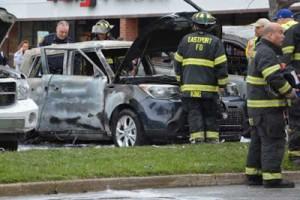 4417-300x200 Homem usa álcool para matar insetos em seu carro e acaba incendiando três veículos Pragas