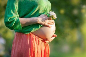 DM_03242016_0009-300x200 Mulher grávida